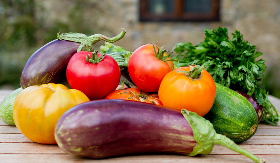 organic heirloom vegetables